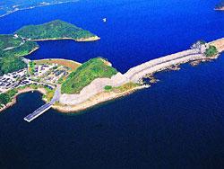 船 湾 淡 水 湖